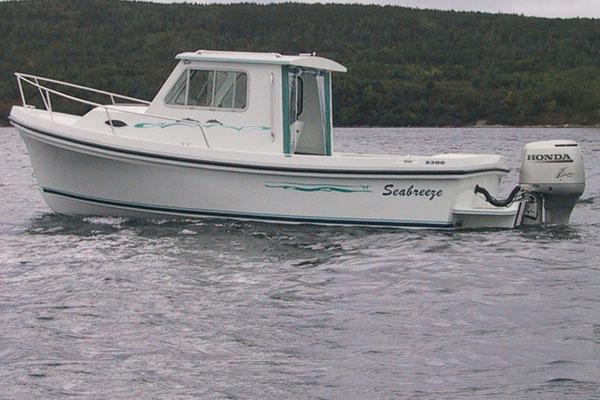 23 pilot house seabreeze boats